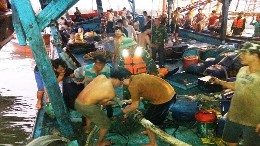 Đưa 51 thuyền viên gặp nạn trên biển vào bờ an toàn
