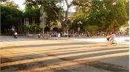 Nắng nóng ngày đầu tiên nghỉ lễ giỗ Tổ
