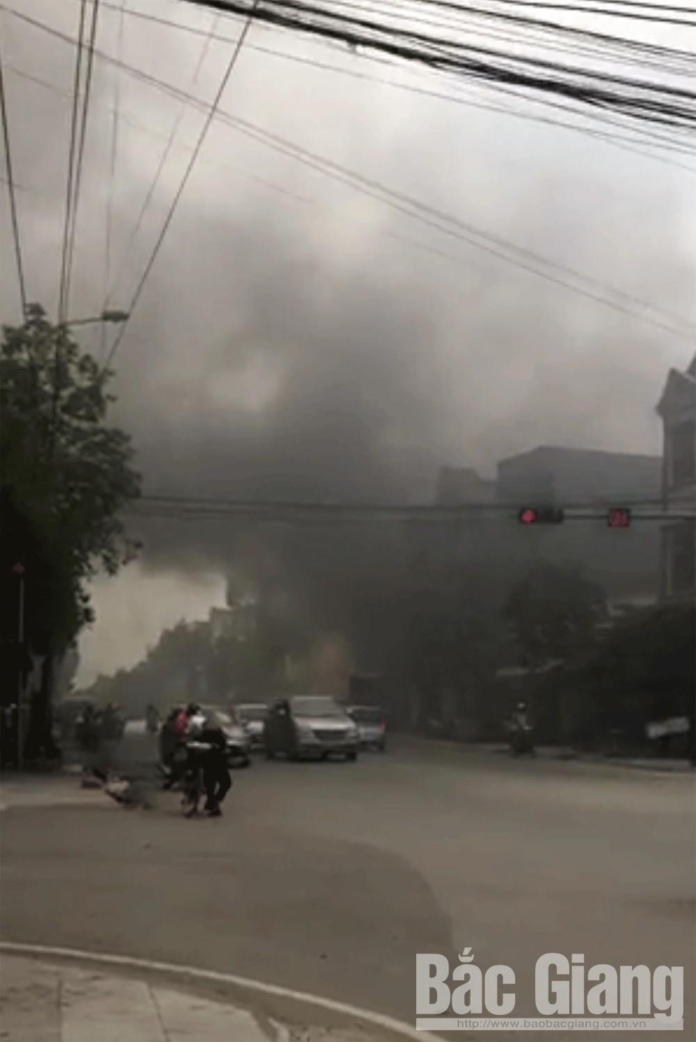 Bích Sơn, Việt Yên, Bắc Giang, cháy, xốp cách âm