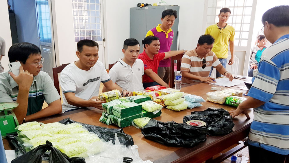An Giang, bắt giữ, vụ vận chuyển 26,6kg ma túy từ Campuchia về Việt Nam