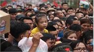 Lễ hội đền Hùng: Cha mẹ nháo nhác tìm con lạc; nhiều người mất giấy tờ tùy thân