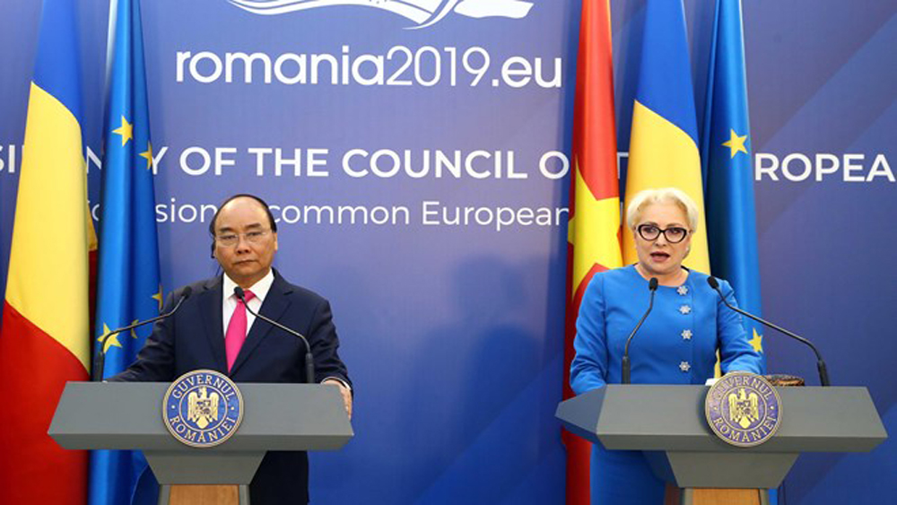 Vietnam-Romania joint statement emphasizes important partners