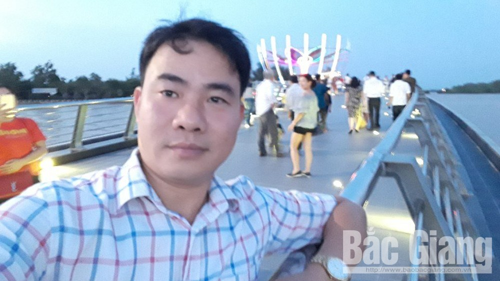 Nguyen Van Bang bravely saves people in need