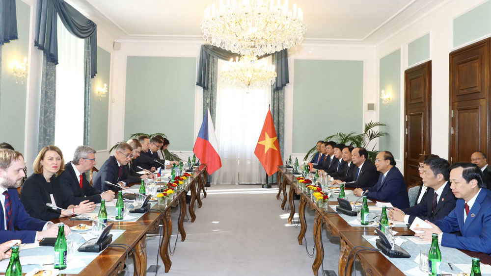 Thủ tướng Nguyễn Xuân Phúc, hội đàm, Thủ tướng CH Séc