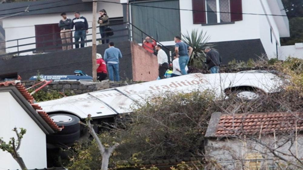 Tai nạn xe buýt ở Bồ Đào Nha, toàn bộ 28 du khách thiệt mạng, người Đức, tai nạn ở Bồ Đào Nha