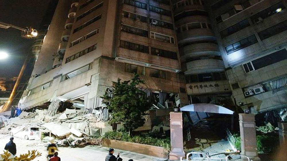 Nhiều tòa nhà, bị rung lắc, động đất tại Đài Loan (Trung Quốc)