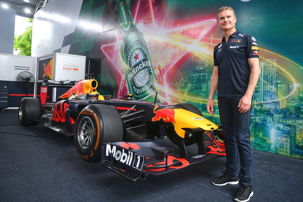 Đại tiệc F1, Mỹ Đình, xe đua