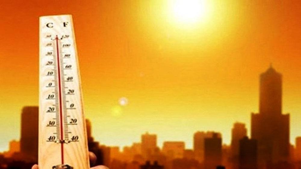 Đợt nắng nóng ở Bắc Bộ, Trung Bộ sẽ kéo dài đến 22-4