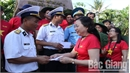 Bac Giang delegation visits soldiers and people in Truong Sa district and DK1 platform,