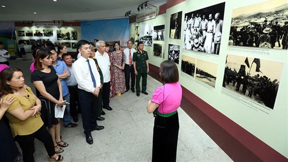 Exhibition opens on Dien Bien Phu victory