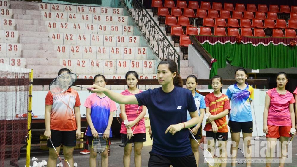 VĐV, công tác huấn luyện, Tiếp tục cống hiến, thể thao thành tích cao