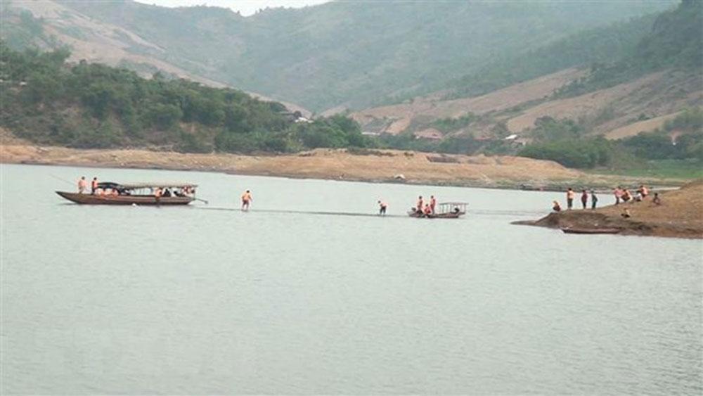Nghệ An: Tìm thấy thi thể hai học sinh mất tích khi tắm sông