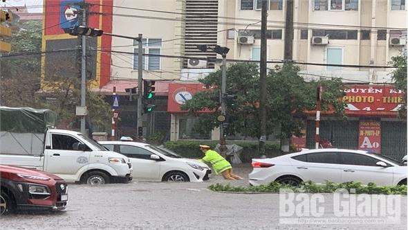 Lực lượng cảnh sát giao thông Bắc Giang: Xây dựng hình ảnh đẹp  trong lòng nhân dân