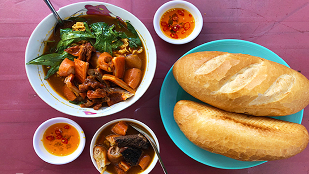 A hot Saigon stew that's not everyone's cup of tea
