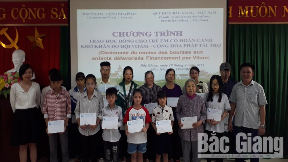 Scholarships, Bac Giang province, special difficult children, Children Protection Foundation, Vitam Association, studying procedure