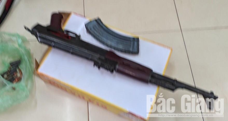 Công an tỉnh Bắc Giang, Mua bán trái phép súng đạn, Tạ Đình Tuấn