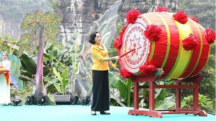 Trang An Festival opens in Ninh Binh province