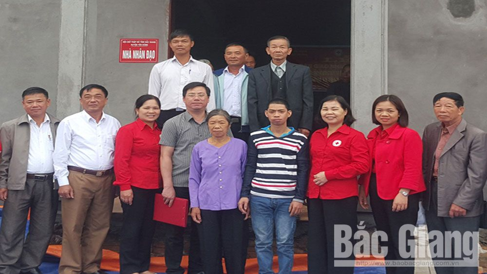 Interfering and supporting, Bac Giang province, vulnerable people, Facility of General Social Protection, demands and expectations, preferential policies