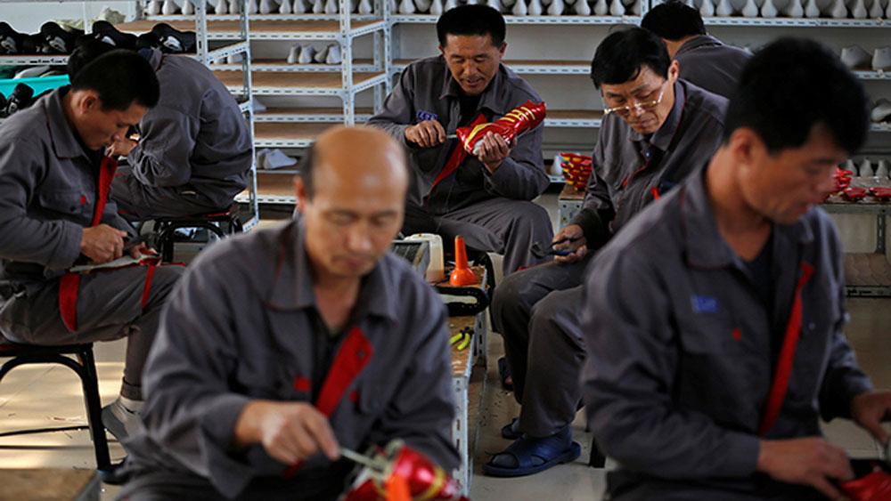 Trung Quốc yêu cầu doanh nghiệp không sử dụng lao động Triều Tiên kể từ tháng 6