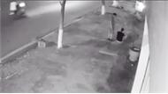 Giả vờ hỏi đường rồi cướp điện thoại ngay trên phố