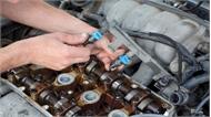 Kim phun nhiên liệu ô tô bị rò rỉ nguy hiểm thế nào nếu chậm khắc phục?