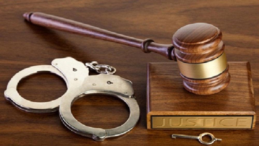Khởi tố, ba giáo viên chấm thi, vụ gian lận điểm tại Hòa Bình
