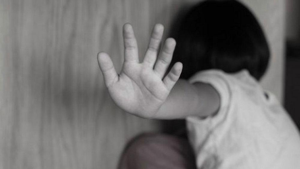 Thầy giáo ở Bình Thuận, dâm ô 8 học sinh, bị khởi tố