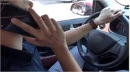 Những việc nguy hiểm tài xế Việt hay làm khi lái ôtô