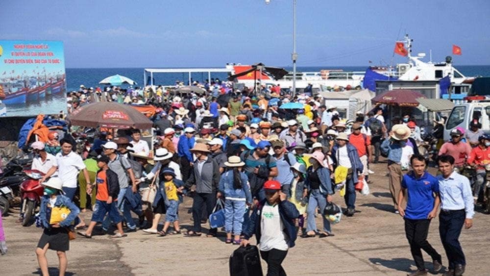 15.000 du khách đến đảo Lý Sơn dịp lễ 30-4