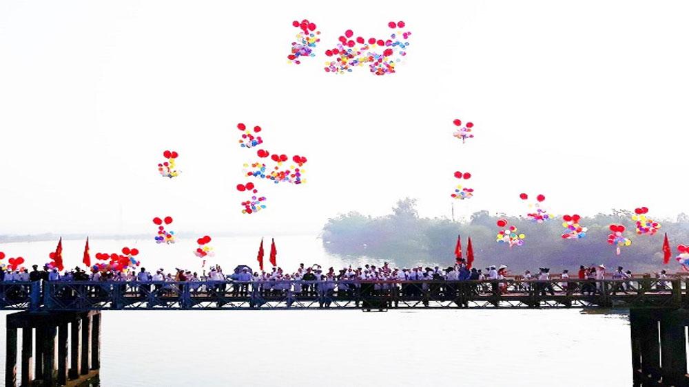 Lễ Thượng cờ, Thống nhất non sông , đôi bờ Hiền Lương - Bến Hải