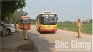 Bắc Giang: Phát hiện, xử phạt hàng chục trường hợp xe khách vi phạm trong dịp lễ