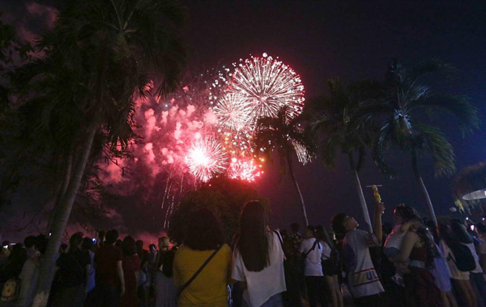 Saigon skyline, two historic days, Firework displays, 44th Reunification Day, Labor Day
