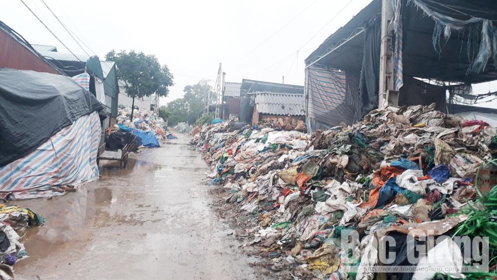 Xử lý rác thải nông thôn: Nhiều nơi vẫn thờ ơ