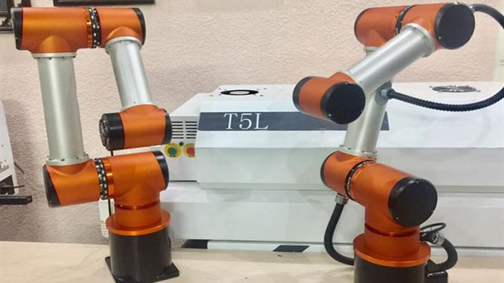 Robot designers helps SMEs thrive and cut costs