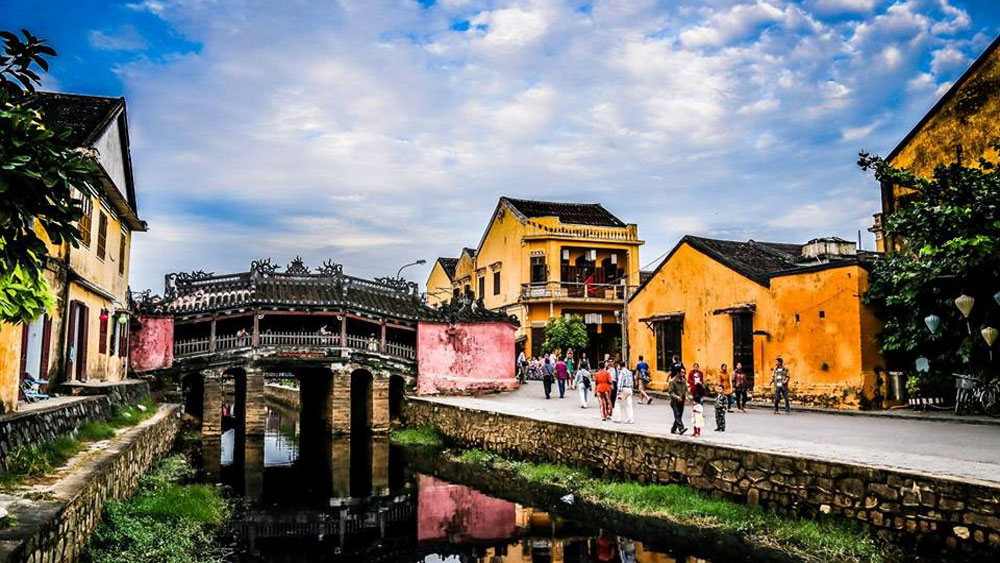 Hanoi, HCM City, Hoi An town, backpacker paradises, tourist hotpots, most affordable destination, visa policies
