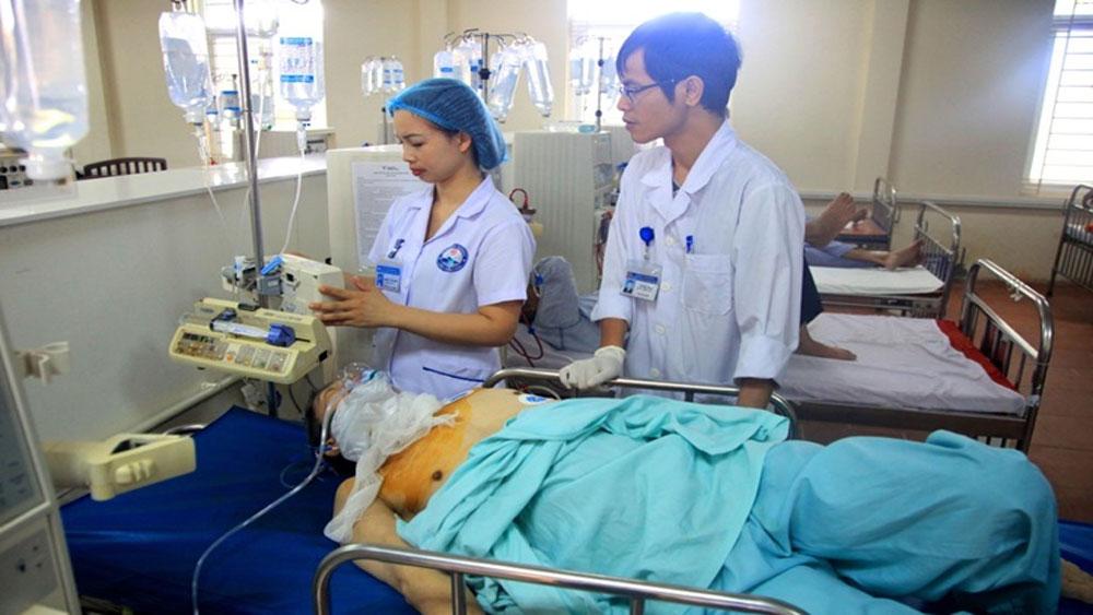 Ba người cùng nhập viện, ngộ độc thuốc diệt cỏ, Bệnh nhân ngộ độc paraquat