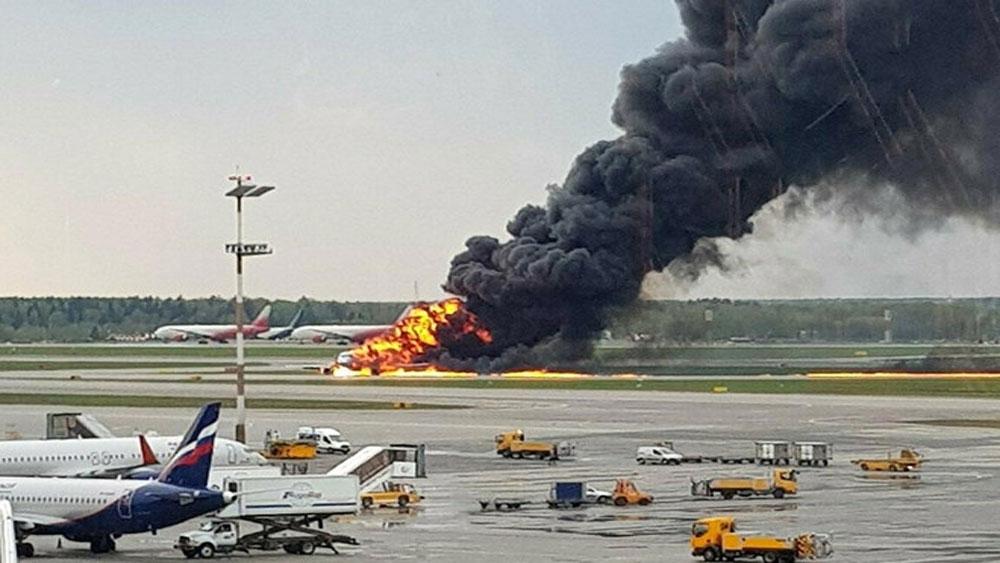 Nguyên nhân, máy bay Nga, gặp sự cố, bốc cháy