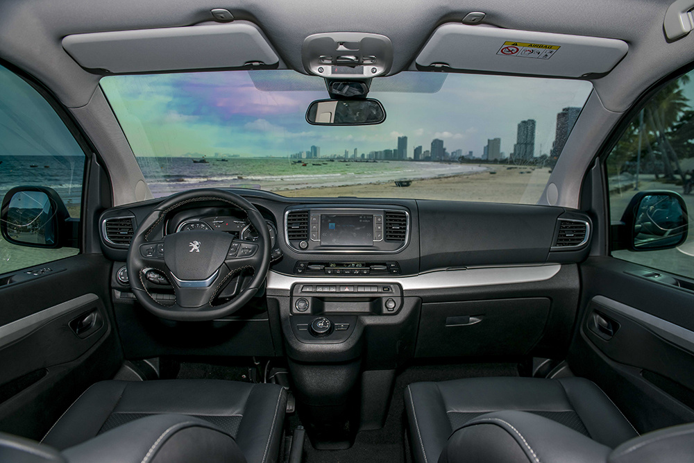 Peugeot Traveller, Peugeot, Peugeot 5008, Peugeot 3008, Honda Odyssey, Honda, Toyota Alphard