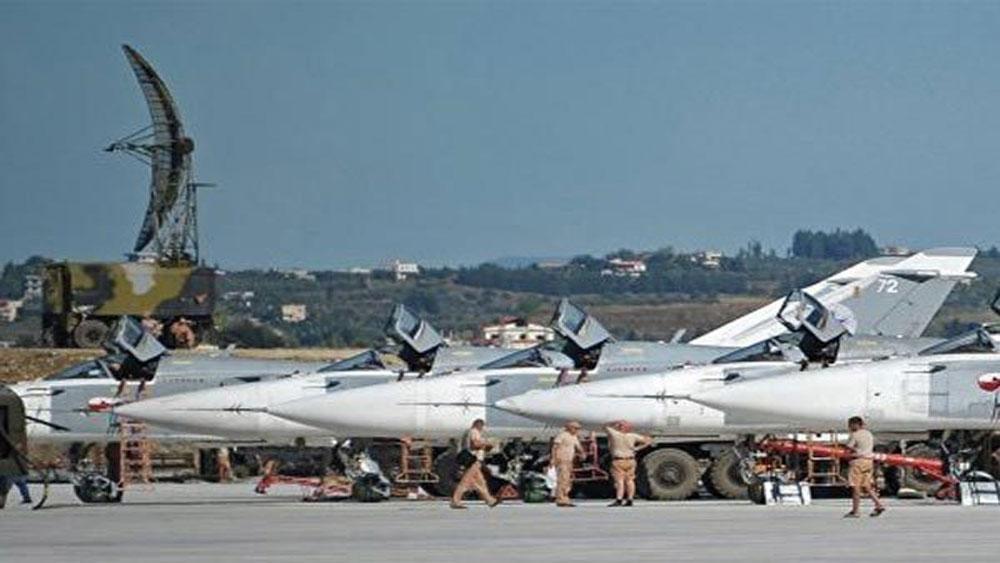 Căn cứ không quân Nga, bất ngờ, hứng mưa tên lửa