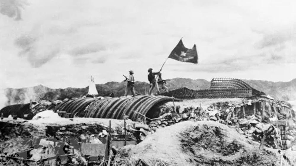 Heroic spirit of Dien Bien Phu Victory shines forever!