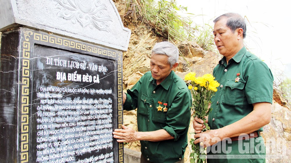 Clear the roads, army troops, fall-winter battlefield, Deo Ca Death's Door, Dong Loc intersection, Bac Giang province, Dien Bien Phu campaign, historical and cultural relic