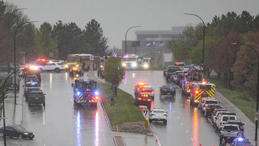 Mỹ, xác định, danh tính thủ phạm xả súng, trường học ở Colorado
