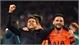 Video: CĐV Tottenham ăn mừng, hát vang tên Pochettino trên khán đài
