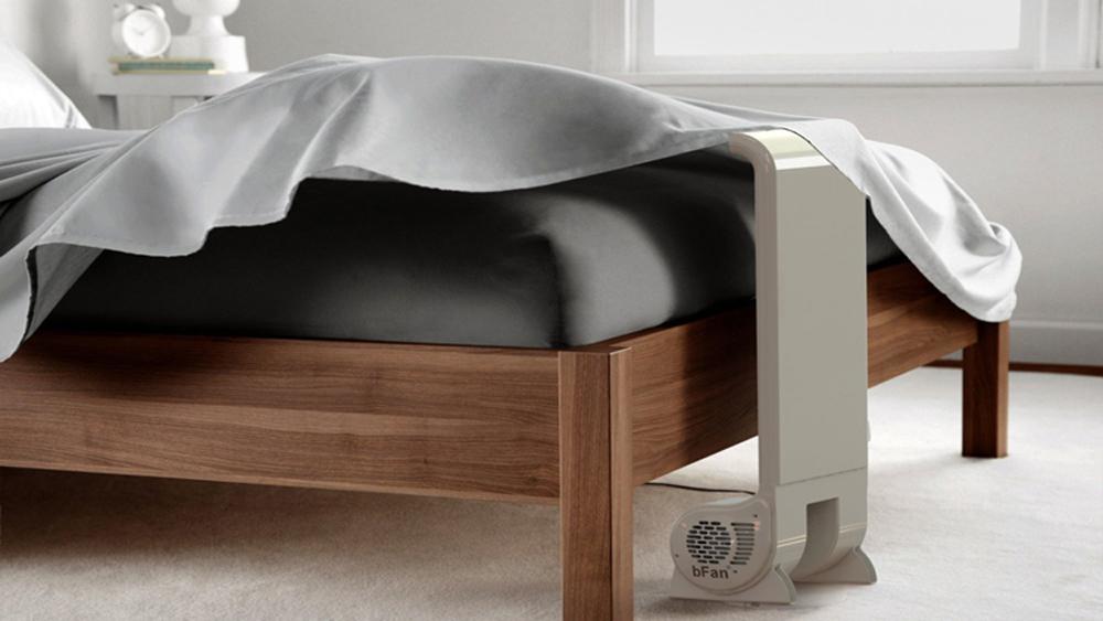 Quạt thổi khí mát dưới chăn để sử dụng khi ngủ