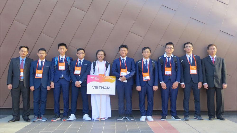8 thí sinh Việt Nam, tham gia Olympic Vật lí Châu Á lần thứ 20, đoạt giải