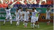"""Vòng 9 V-League: Hà Nội thua khó tin, Văn Thanh """"nổ súng"""""""