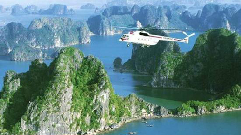 Ha Long Bay gets new helicopter tour