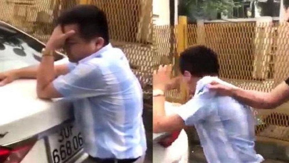 Thầy giáo lái xe bị tố sờ đùi học viên: Tôi cần lời xin lỗi công khai