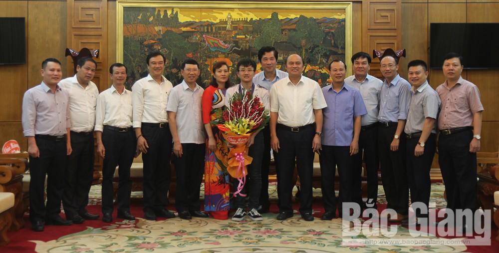Trịnh Duy Hiếu, giáo dục, thi cử, Olympic, Vật lý, học sinh giỏi, Trường THPT Chuyên Bắc Giang