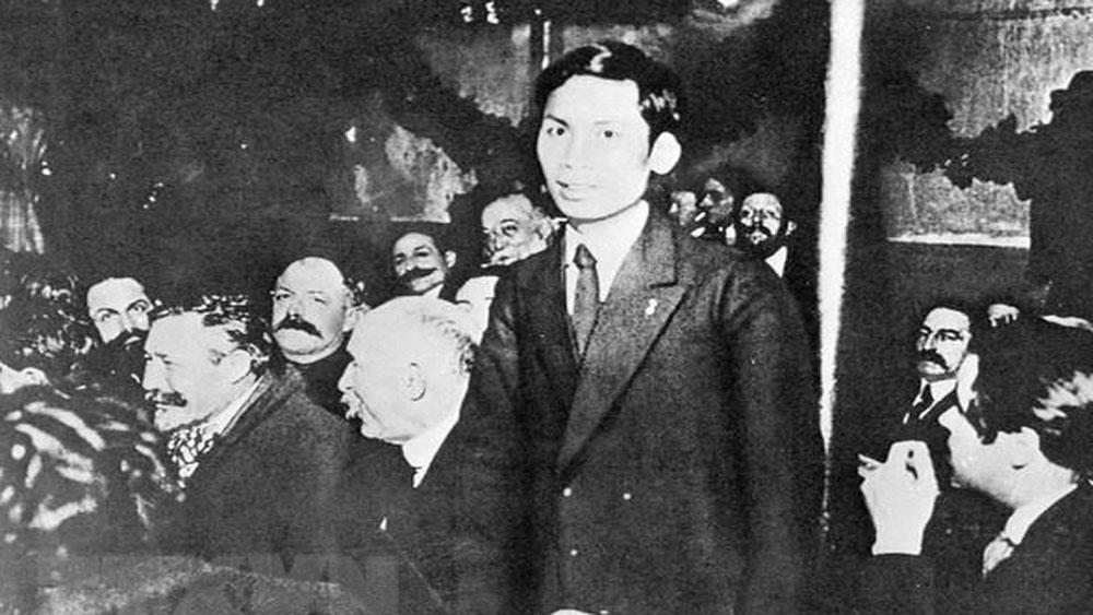 """Kỷ niệm 129 năm ngày sinh của Chủ tịch Hồ Chí Minh, công bố, phim """"Hồ Chí Minh: Phác họa chân dung một chính khách"""""""